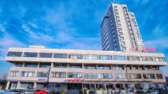 Един от големите хотели в Пловдив ще има нова 16-етажна сграда