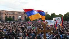 Очаквайте политическо цунами, ако не стана премиер на Армения, предупреди Пашинян