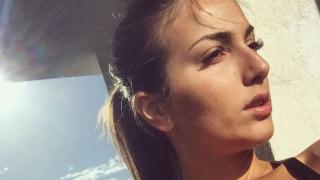 Гаджето на репортера Дани Петканов съблазни мъжете със секси форми