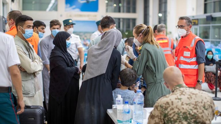 И Канада мисли да приеме бежанци от Афганистан
