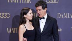 Жената, която ще придружи Антонио Бандерас в нощта на Оскарите