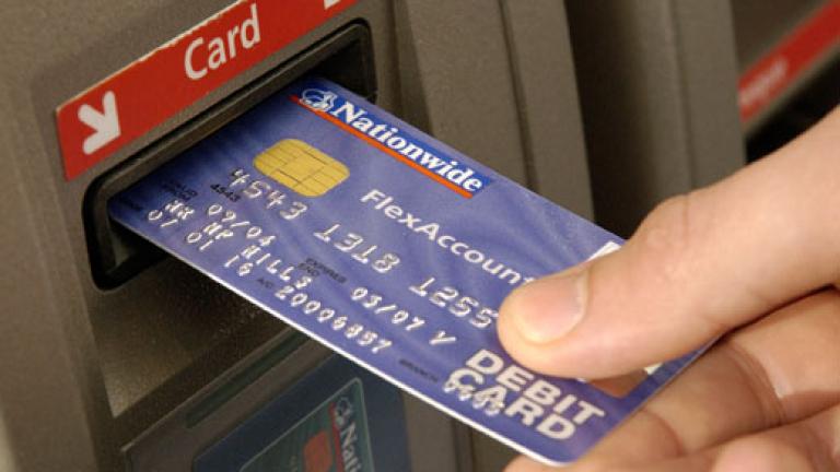 Международна акция задържа четирима за кражби от кредитни карти - News.bg