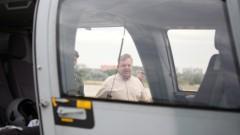 Военният министър летя на хеликоптер
