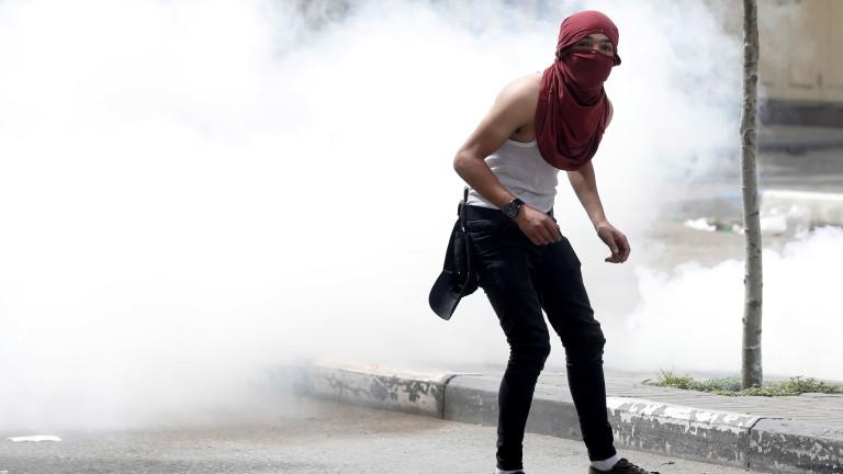 Израелските сили убиха палестинец, който беше сред група от жители