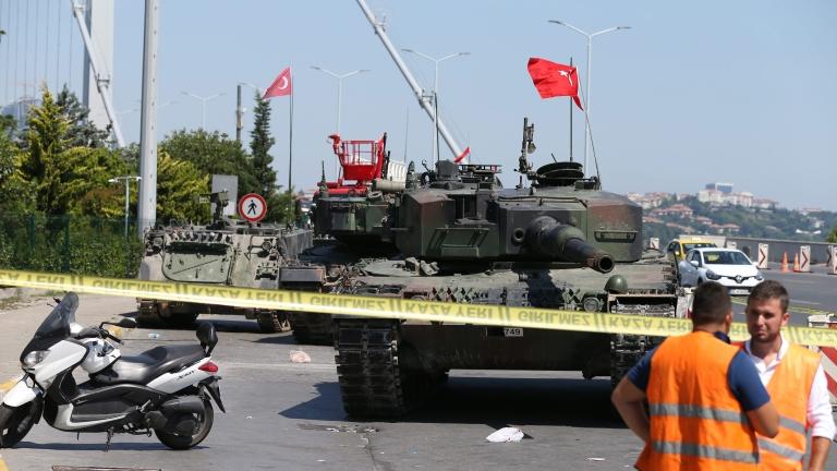 Първи мащабен процес срещу предполагаеми заговорници в Истанбул