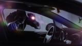 Полицаи спипаха крадец, докато задига радио от кола