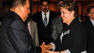 Чавес замина за първи път зад граница след лечението от рак