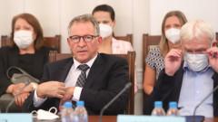Стойчо Кацаров: Има време за мерки, сондираме становища