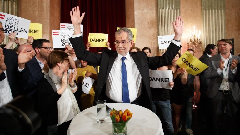 """""""Зеленият"""" Ван дер Белен е новият президент на Австрия"""