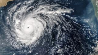 Ураганът Матю набира сила