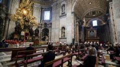 """Ватикански прокурори изземват документи и компютри от базиликата """"Свети Петър"""""""