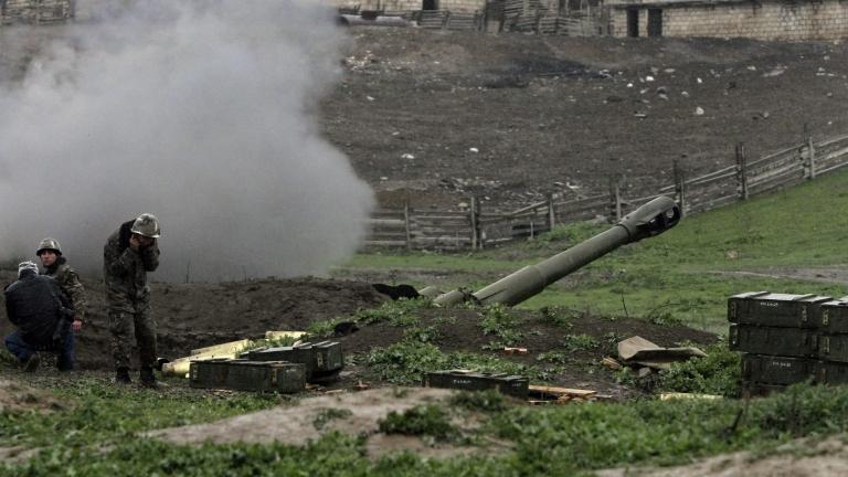 Азербайджан удари военна позиция на Армения