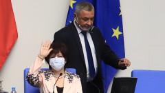 Валери Симеонов е категоричен - оставка няма да има 6 месеца преди избори