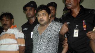 Арестуваха собственика на рухналата сграда в Бангладеш