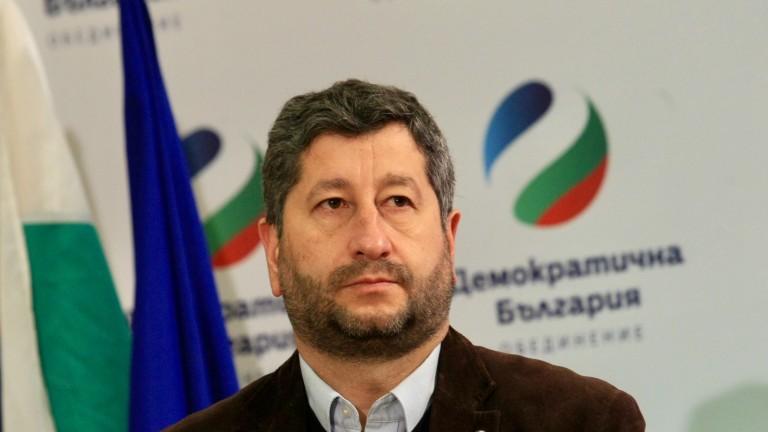 Христо Иванов: Кирилов е предан на корупционния ред на ГЕРБ, не става за министър