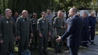 Държавният глава се тревожи заради ниския нальот на летците ни