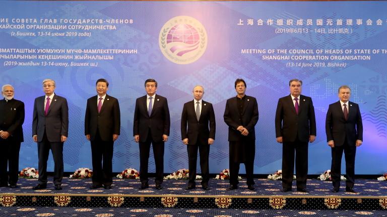 Излизането на САЩ от Съвместния всеобхватен план за действие дестабилизира