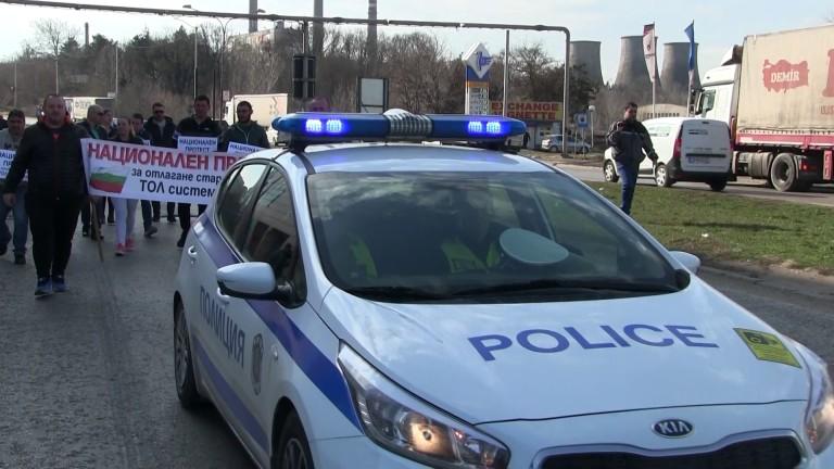 Превозвачите не се отказват от протестите, въпреки уверенията на кабинета,