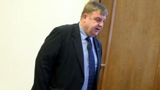 """""""Апартамент гейт"""" се цели в избора на нов главен прокурор, според Каракачанов"""