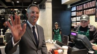 Идеята, която превърна шефа на Starbucks в милиардер