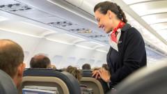 По-скъпото гориво и разходите за труд режат печалбите на авиокомпаниите