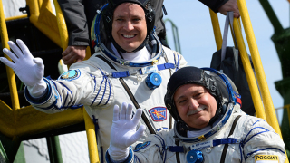 Какви заплати вземат руските космонавти?