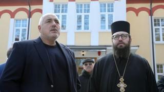 Борисов недоволен, че дарителите за храмовете са малко