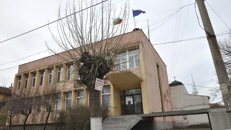 Закриването на общини не било решение, според Томислав Дончев