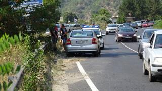 """Осем души остават в болница след катастрофата на АМ """"Хемус"""" между тир и автобус"""