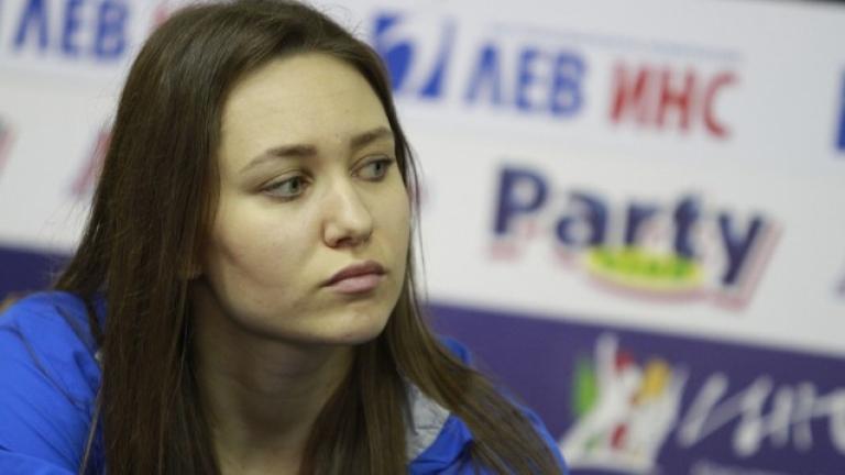 Камберова: Забранявам да се говори срещу отбора!