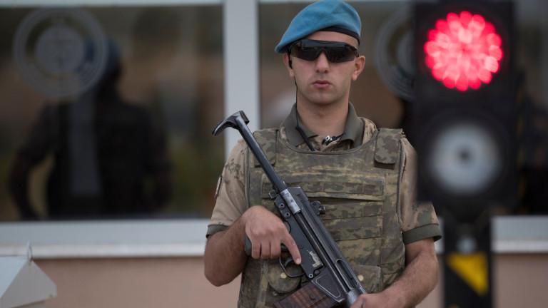 Арестуваха двама за стрелбата по посолството на САЩ в Анкара