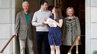 Хилъри и Бил Клинтън станаха баба и дядо пак