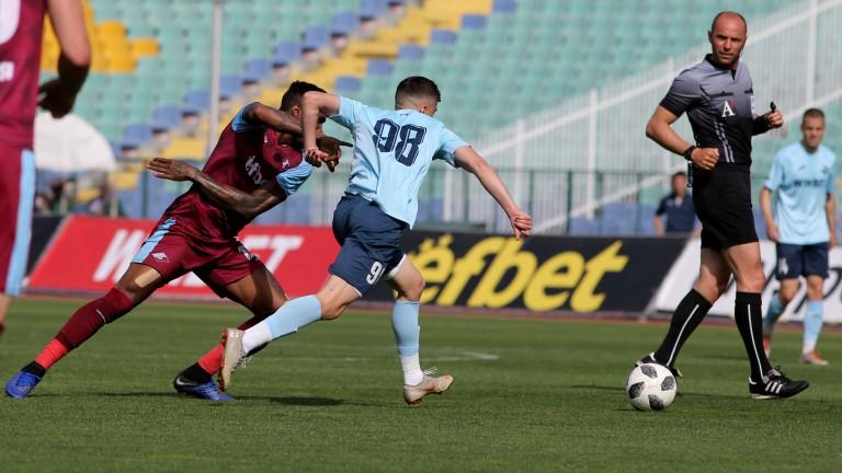 Отборите на Септември и Дунав (Русе) сътвориха истинско футболно шоу
