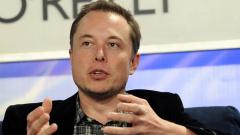 Tesla вади безпилотен електромобил до две години