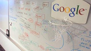 Нокиа снабдява телефоните си с Гугъл
