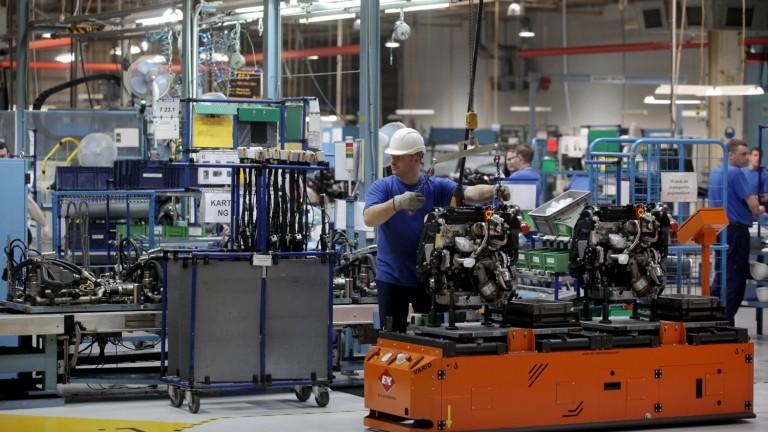 Снимка: Собственикът на Opel и Peugeot инвестира €250 милиона в завода си в Полша