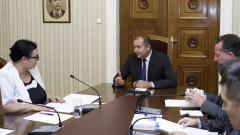 Румен Радев загрижен за честно електронно гласуване
