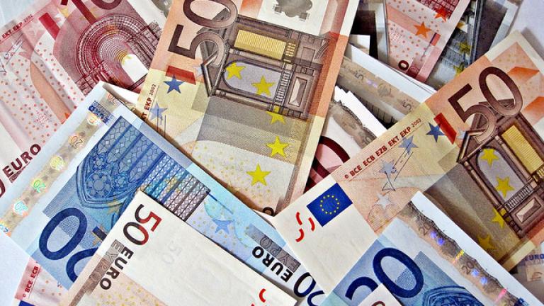 Икономиката на Европейския съюз забавя темпо