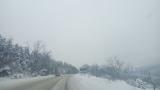 Вятър и сняг в Източна България