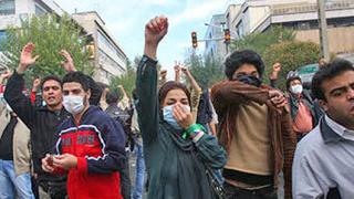 Протести срещу аятоласите в Иран