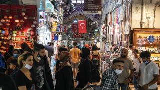 Турция с нови COVID рекорди