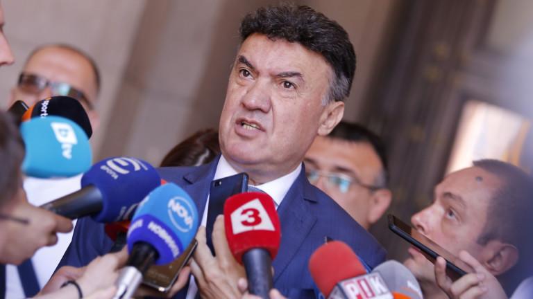 Борислав Михайлов защити България от английските провокации пред УЕФА