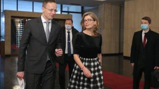 Над 700 българи по света искат да се приберат у дома