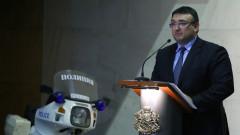 Младен Маринов се старае за евроусловия в арестите