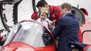 Заведоха принц Джордж на военно авиошоу