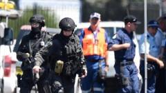 Полицията извършва антитерористична операция в предградия на Сидни
