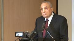 Костов: Конфликтите между институциите не изкарват хората на улиците