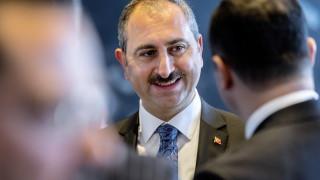 Турция иска екстрадиране на 419 бегълци от ФЕТО