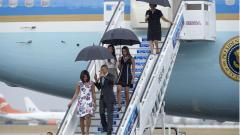 Обама пристигна в Куба