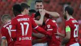 """Шумно празненство в """"червената"""" съблекалня след страхотната победа в Разград"""